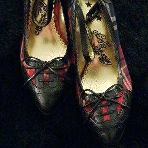Vintage Heels Red, Navy, Black Plaid